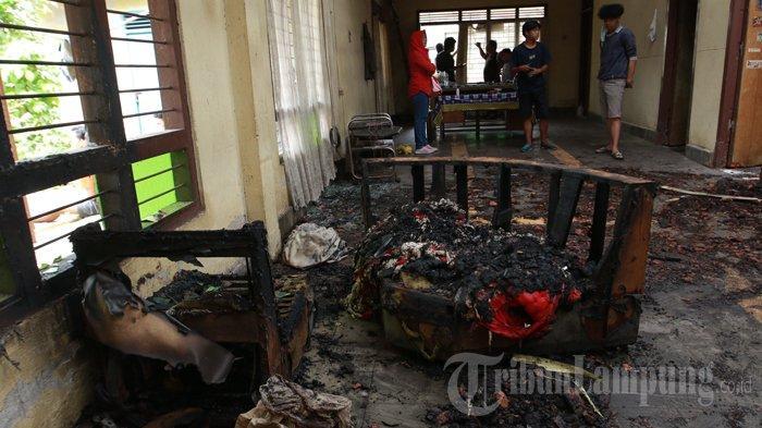 Rumah Terbakar, Si Jago Merah Bakar Habis Surat Berharga Milik Warga Bandar Lampung
