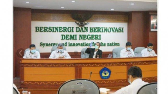 Rektor Hadiri Serah Terima Aset Yayasan Pendidikan Universitas Lampung