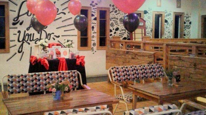 KULINER LAMPUNG - Menyecap Bebek Dower Super Pedas di D'Rose Cafe, Resto, dan Galery Bandar Lampung
