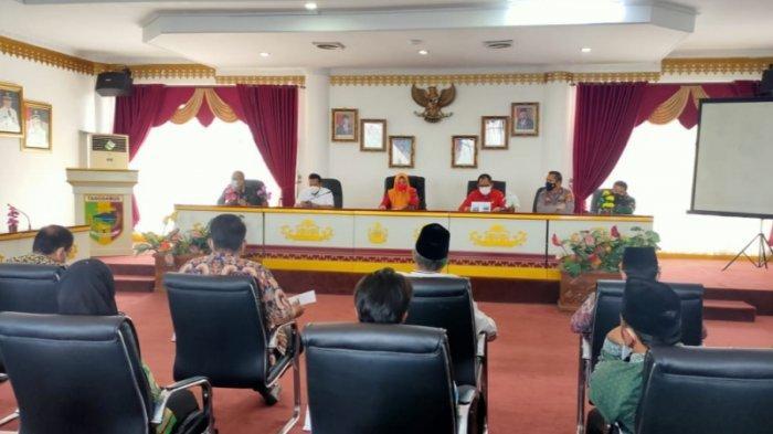 Salat Id di Rumah Saja, Bupati Tanggamus dan Lampung Barat Larang Pelaksanaan di Masjid dan Lapangan