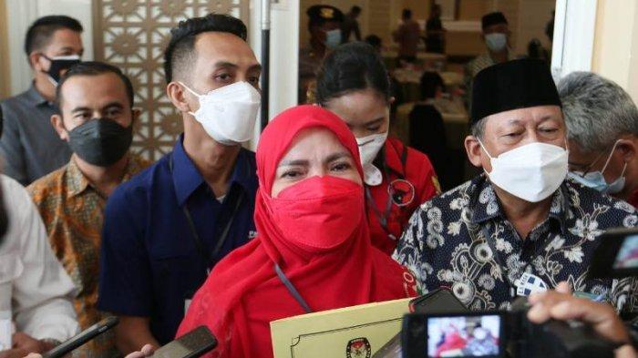 Sambil Menahan Isak Tangis, Eva Dwiana: Terima Kasih Masyarakat Bandar Lampung