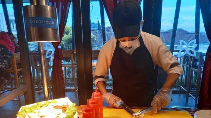 Menyambut Ramadan, Batiqa Hotel Lampung menyediakan live cooking.