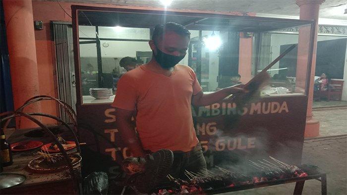 Kuliner Lampung, Nikmatnya Sate Tengkleng Kambing Muda Mas Juan
