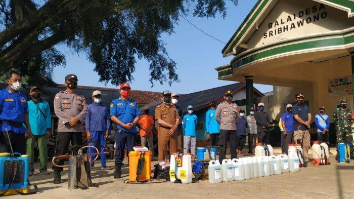 Satgas Penanganan Covid-19 dan PPKM Bandar Sribhawono Lamtim Semprot Disinfektan