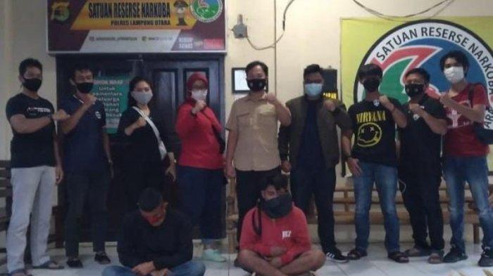 Satresnarkoba Polres Lampung Utara Amankan 2 Tersangka Pengguna Tembakau Gorila