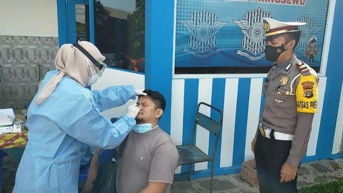 Pengemudi dan Penumpang di Jalinbar Pringsewu Dapat Rapid Test Antigen Gratis