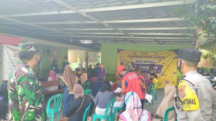 Koramil 410-02/TBS Pantau Pelaksanaan Vaksinasi di Puskesmas Pasar Ambon