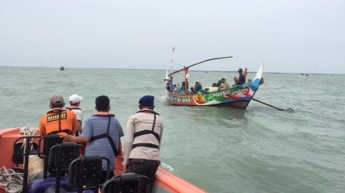 Sehari Dinyatakan Tenggelam, Nelayan Lampung Selatan Terjatuh di Perairan Lamtim Belum Ditemukan