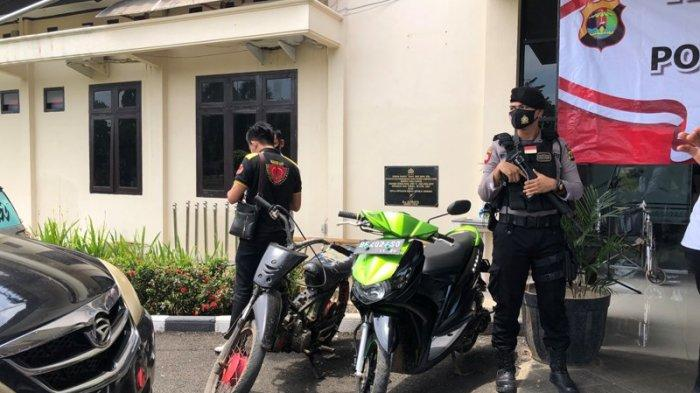 Sejumlah Barang Bukti Diamankan dari 13 Tersangka Kejahatan di Lampung Utara