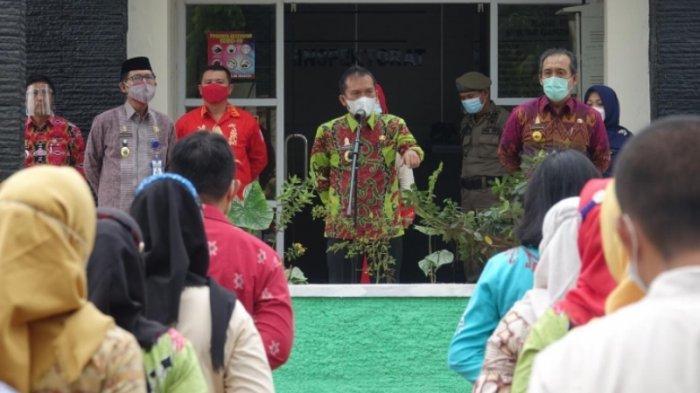 Sekkab Lampung Tengah Sidak Prokes Covid-19 di Kantor Inspektorat