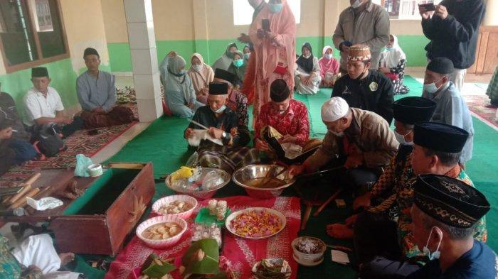 Melongok Tradisi Suku Semende di Lampung Barat, Ritual Bersih Pusaka Pangku Paliare
