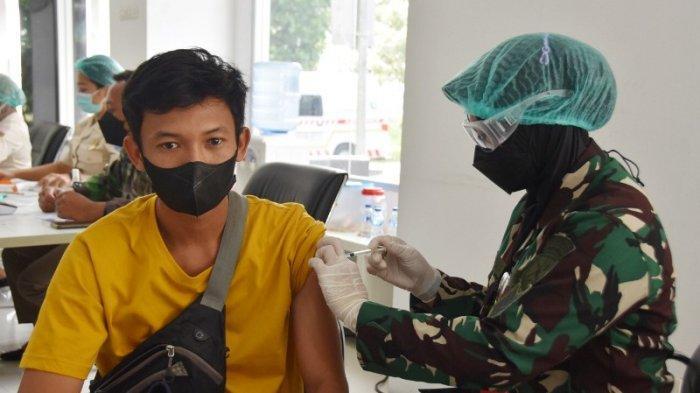 Percepat Kekebalan, Brigif 4 Marinir/BS Lampung Vaksinasi Warga Pringsewu