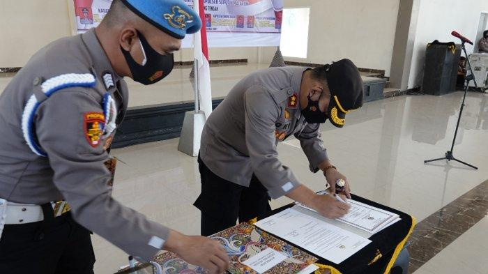 Tiga Jabatan Kapolsek dan Kasat Intelkam Polres Lamteng Diserahterimakan