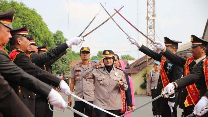 Mantan Kabagwatpers Rosdm Polda Kepulauan Riau Jabat Kapolres Metro yang Baru