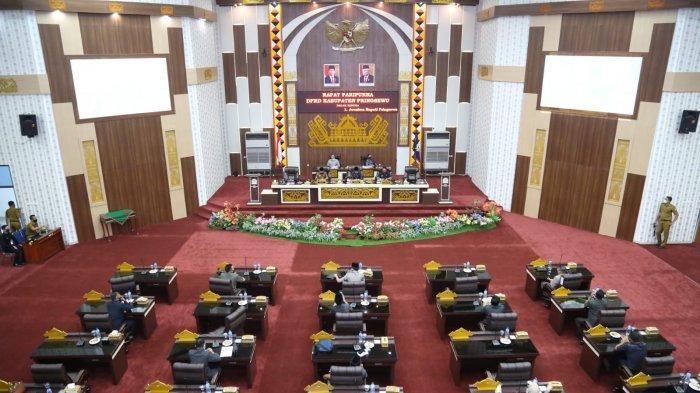 10 Anggota Legislatif Pringsewu Absen dalam Paripurna Pengesahan APBD- P