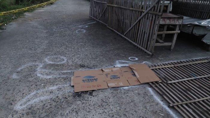 Pelaku Pembunuhan Sering Dilihat Warga Sedang Tertawa Sendiri Depan Rumah