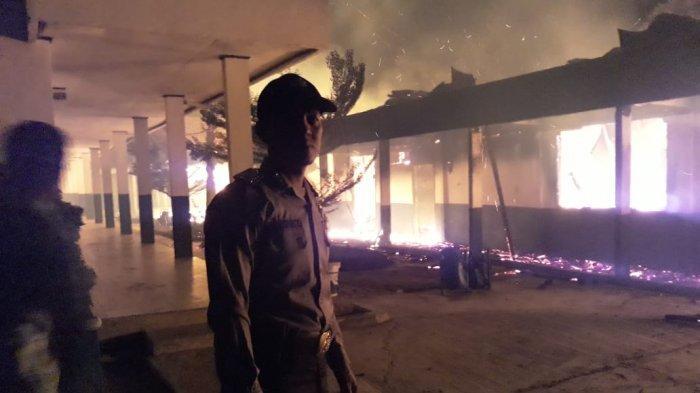 BREAKING NEWS - Kebakaran SMPN 1 Sungkai Selatan Dipicu Korsleting di Perpustakaan