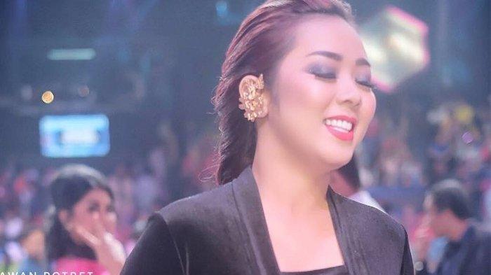 Posting Sebuah Video, Soimah Ungkap Ketakutannya Bila Sang Suami Lebih Banyak di Rumah Akibat Corona