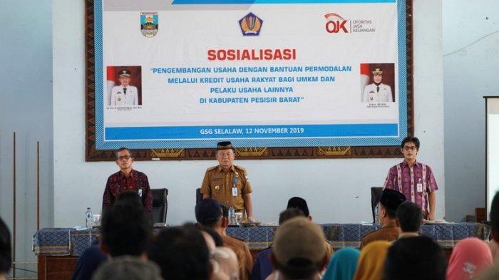 Berdayakan UMKM Pemkab Pesibar Sosialisasikan Pengembangan Usaha Dengan Permodalan Melalui KUR