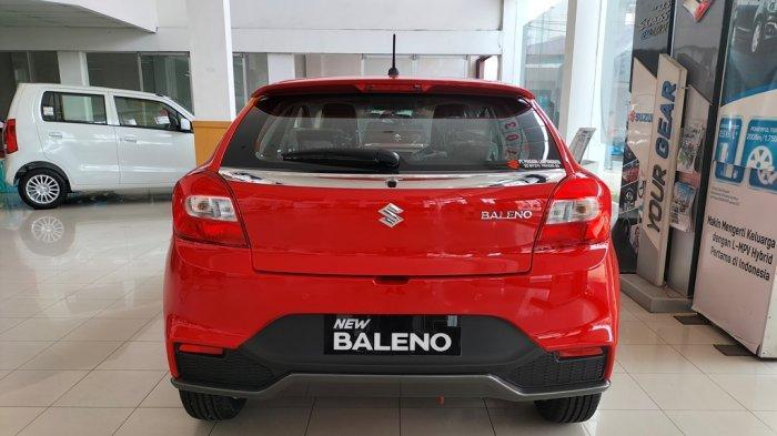 Suzuki Baleno Hatchback di diler Persada Lampung Raya, Kedaton, Bandar Lampung, Senin (11/10/2021).