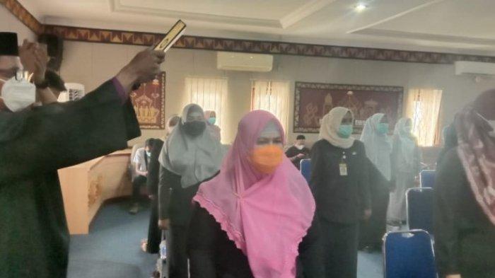 Sri Haryati Jabat Dirut RSUD Ryacudu Kotabumi, 28 Pejabat Eselon Lampung Utara Dilantik