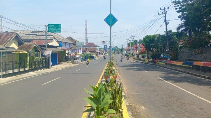 Kota Agung Terpantau Sepi, Warga Ngeluh Toko Banyak Tutup