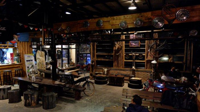 KULINER LAMPUNG - Mr G Garage Cafe Hadirkan Nuansa Klasik nan Unik di Sudut Kota Bandar Lampung
