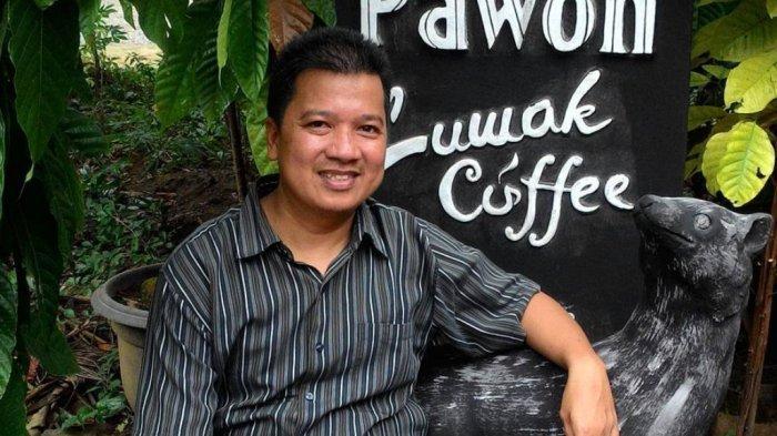 Disbunnak Lampung Barat Berikan Bantuan Mesin Huller ke 5 Poktan