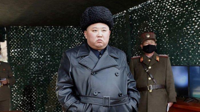 Momen Emosional Kim Jong Un Menangis di Hadapan Ribuan Tentara Korea Utara