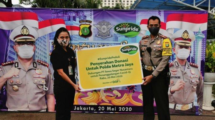 Sunpride Serahkan Donasi 1,3 Ton Pisang Kepada Direktorat Lantas Polda Metro Jaya