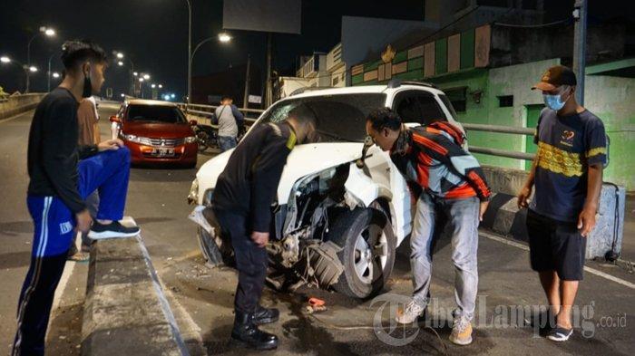 Tabrak Pembatas Jalan, Kapolsek Kedaton Dikabarkan Alami Kecelakaan