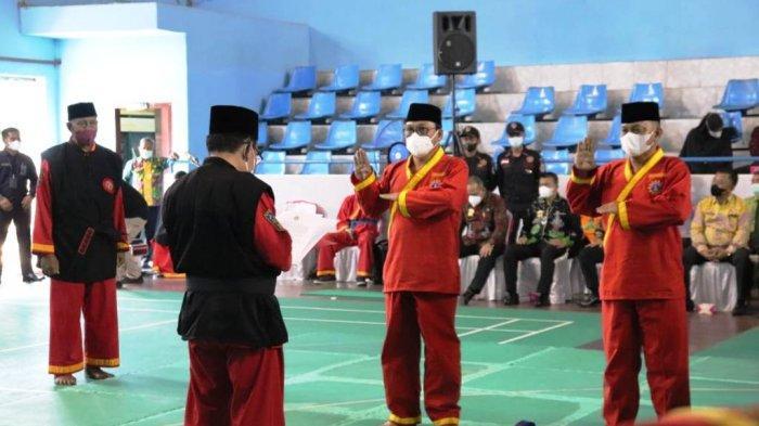 Wali Kota dan Wakil Walikota Metro Dikukuhkan Jadi Pendekar Tapak Suci Putra Muhammadiyah