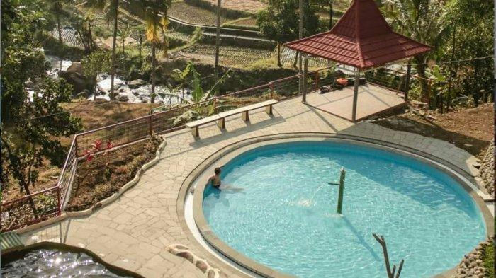 Tempat Wisata di Bandung, Berenang di Samping Hamparan Sawah Ala Curug Kiara Danu