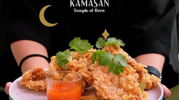 Tempat Wisata di Bandung, Cicipi Bakso Fakboi di Kafe The Kamasan