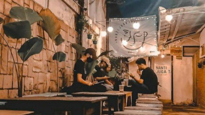 Tempat Wisata di Bandung, Ngopi di Gang ala Kedai Kopi Nanti Juga Tau