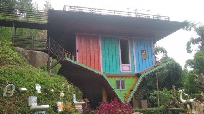 Tempat Wisata di Bandung, Uniknya Rumah Terbalik di Dago Dreampark