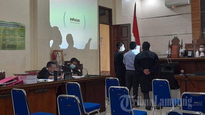 Terdakwa Korupsi Randis Bupati Lampung Timur Sebut Tetapkan Pagu Acuannya SE Kemendagri