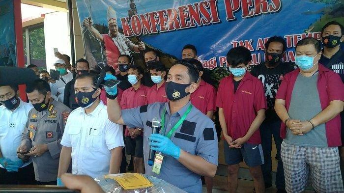 Viral Terdakwa Pembunuhan di Medan Melenggang Bebas Tak Ditahan