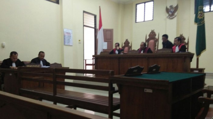 BREAKING NEWS: Diduga Korupsi, Mantan Kadis Pendidikan Lamteng Dituntut 6 Tahun Penjara