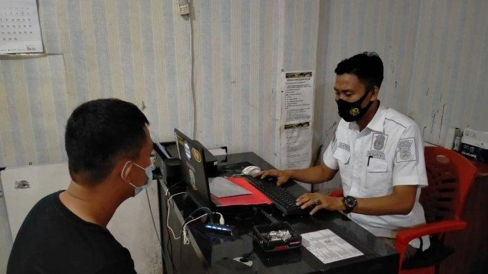 Terlibat Kepemilikan Sabu, Oknum Satpol PP Dibekuk di Rumdis Sekkab Lampung Utara