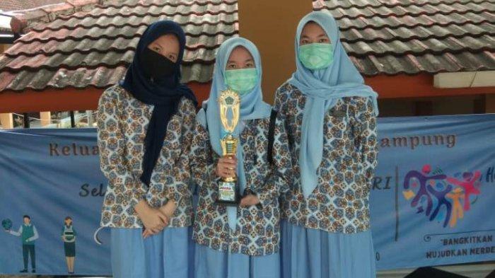 Tetap Berprestasi Selama Pandemi, SMP Darma Bangsa Bandar Lampung Sabet 7 Piala