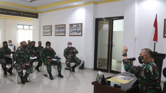 Kolonel Inf Romas Herlandes Pimpin Rapat Rencana Pelaksanaan Kegiatan Karya Bakti TA 2021