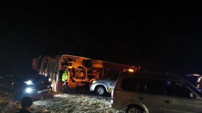 Pelaku Kecelakaan Beruntun Tewaskan 3 Warga Bandar Lampung di Tol Cipali Dijemput Polisi di Tegal
