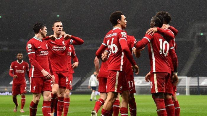 Liverpool merayakan kemenangan di markas Tottenham Hotspur dalam lanjutan Liga Inggris pekan lalu.