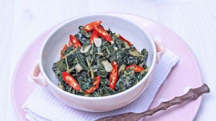 Resep Tumis Daun Pepaya Pedas, Cocok untuk Makan Bareng Keluarga