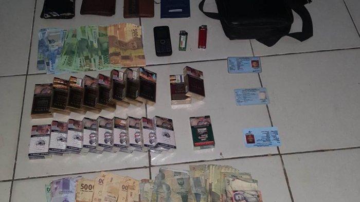 Jauh-jauh dari Lampung Tengah, 4 Pria Ini Beli Rokok Pakai Uang Palsu di Pesawaran