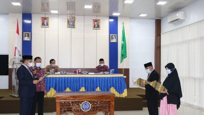 Rektor UM Metro Lantik Dua Pejabat Baru Duduki Posisi Wakil Dekan 3 FT dan FEB