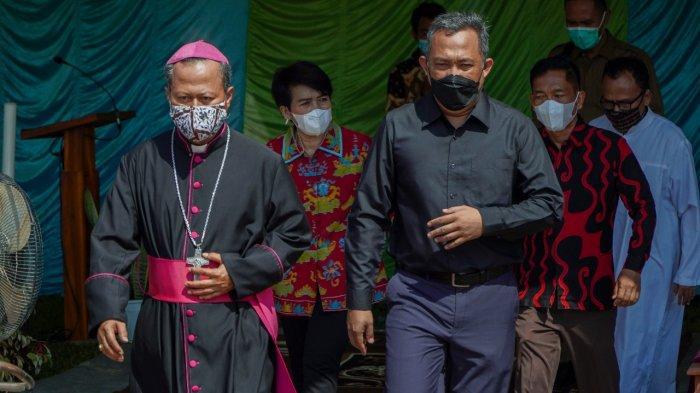 Hadiri Pembangunan Gereja, Umar Ahmad: Semoga Ini Menjadi Nilai Kebaikan di Tulangbawang Barat