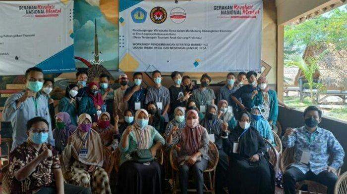 Unila Gelar Workshop Kebangkitan Ekonomi bagi Warga Desa Kunjir