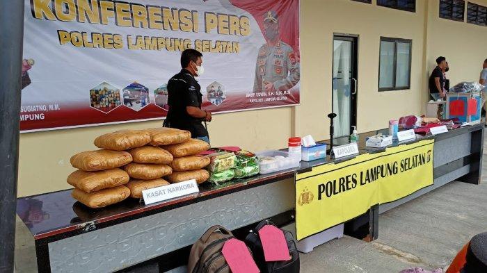 Polres Lampung Selatan Ungkap 4 Kasus Narkoba dengan 8 Pelaku
